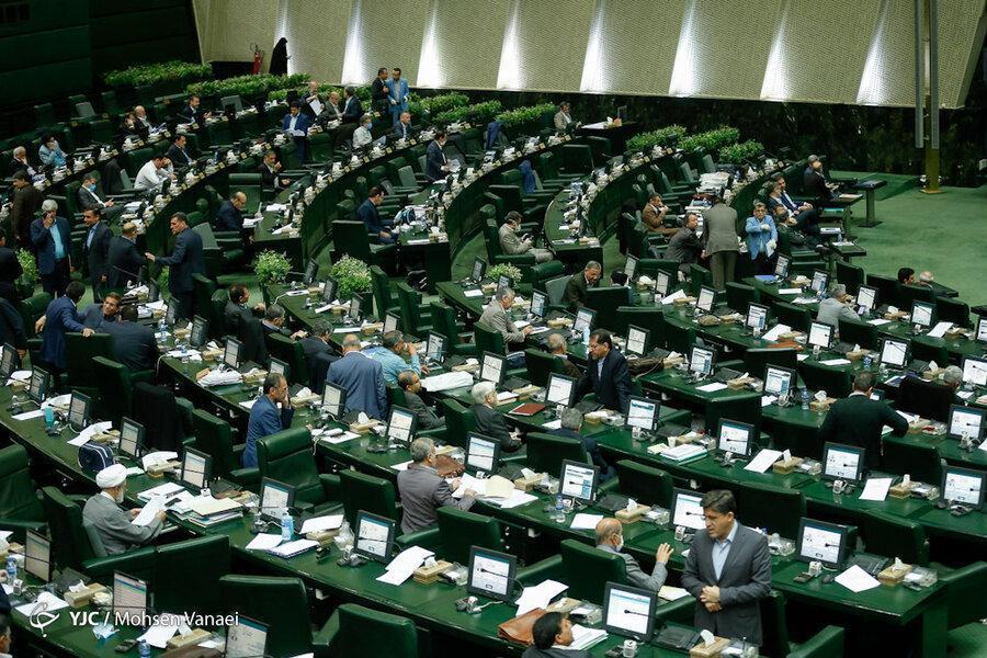 انتقاد یک نماینده مجلس از افزایش 21 درصدی حداقل حقوق کارگران