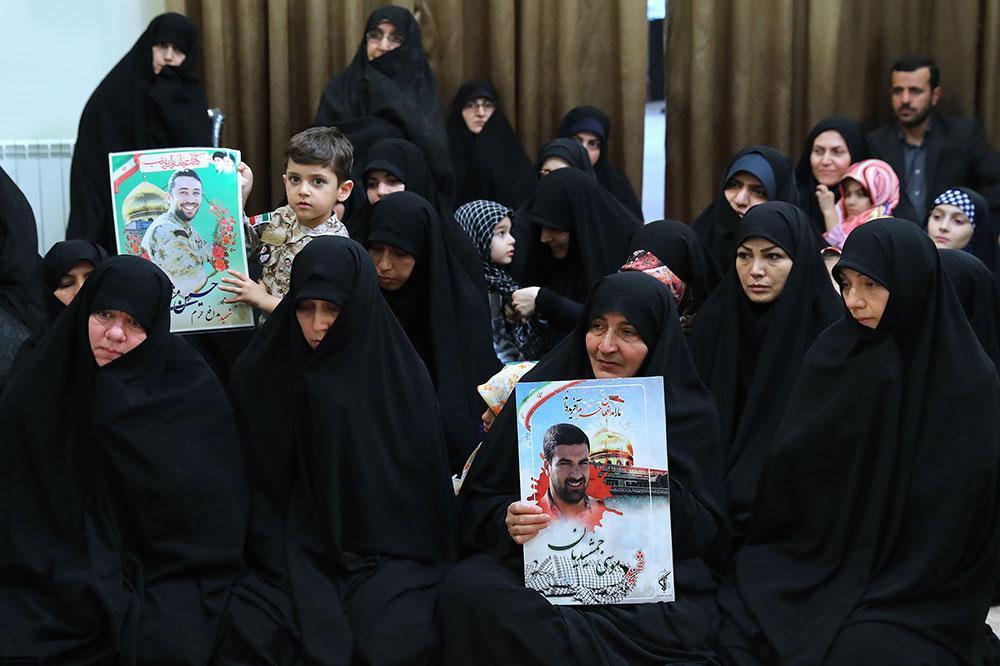 مادرانه ترین کتاب مدافعان حرم منتشر می گردد